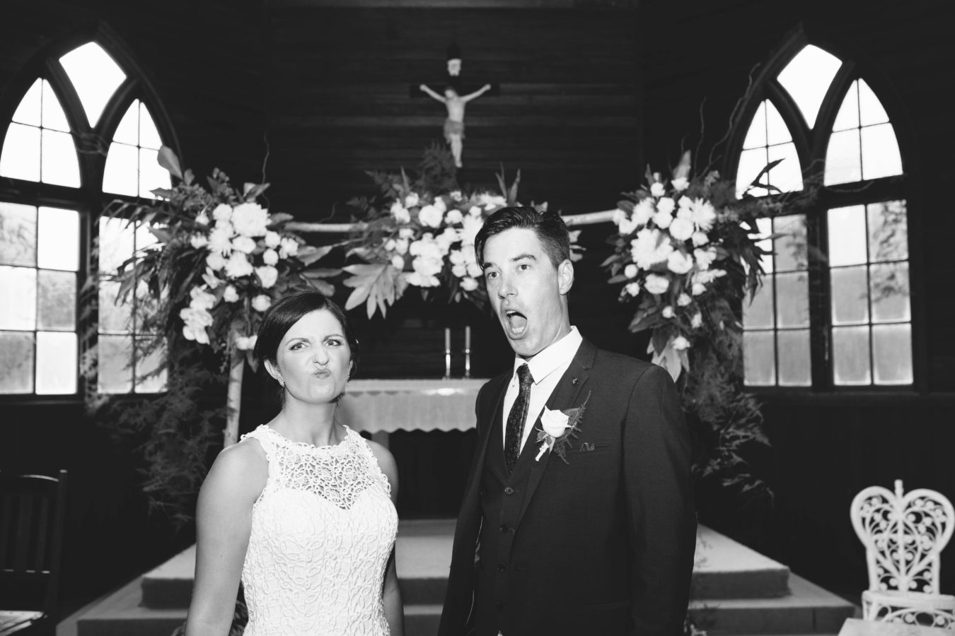 funny-faces-just-married-bw